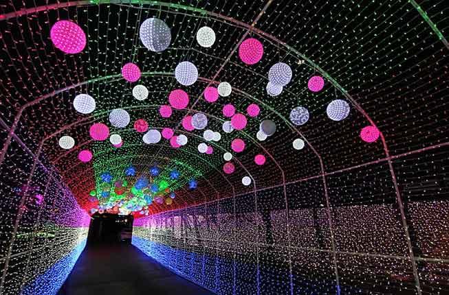 首爾安山五彩星光村夜燈必去景點
