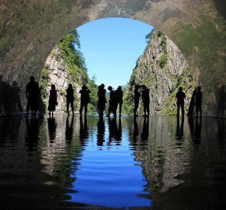 清津峡紅葉一日遊行程