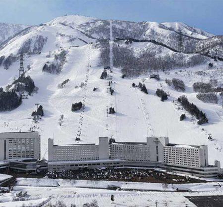 苗場滑雪場一日遊行程
