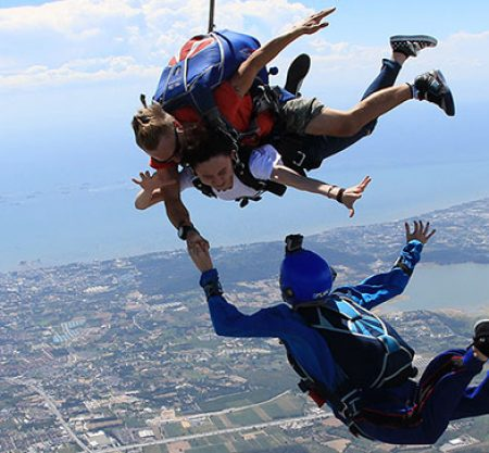 芭堤雅高空跳傘Sky Diving體驗一日遊行程
