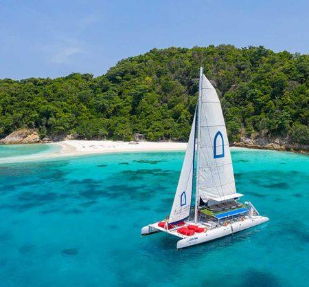 布吉皇帝島珊瑚島豪華雙體雙層巨型帆船一日遊行程