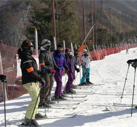 熊城滑雪埸韓國滑雪團行程