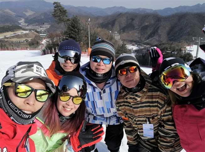 熊城滑雪埸 - 小班教學滑雪團