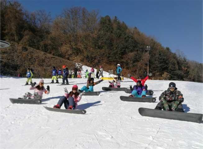 江村滑雪埸必去滑雪團