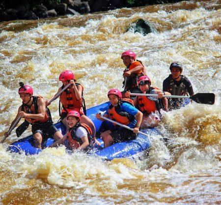巴達斯河3-4級激流一日遊行程